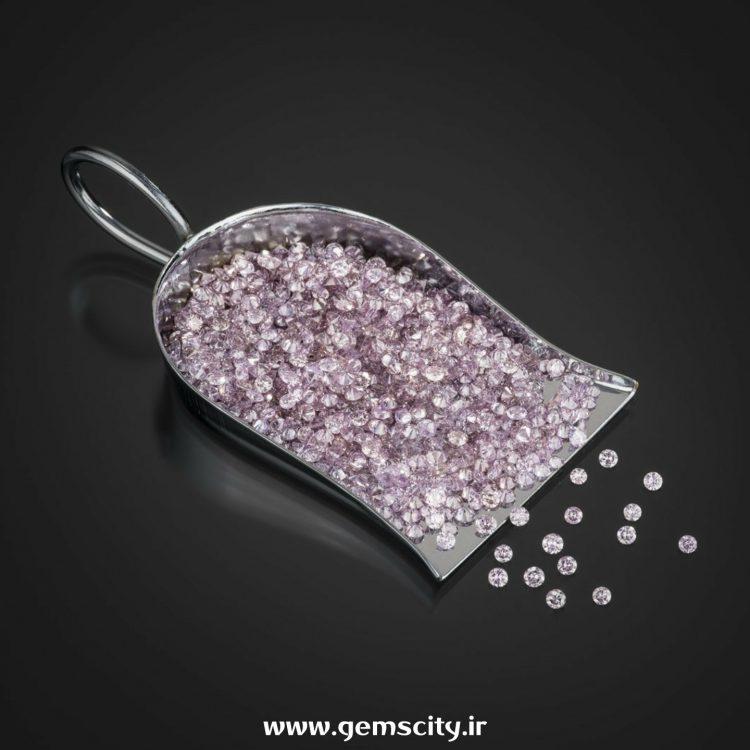 الماس های رنگی لومونسوف